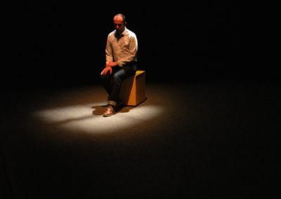 Didier assis©Pierre-Paul Constant